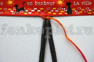 Как начать конфеткой фенечку прямого плетение