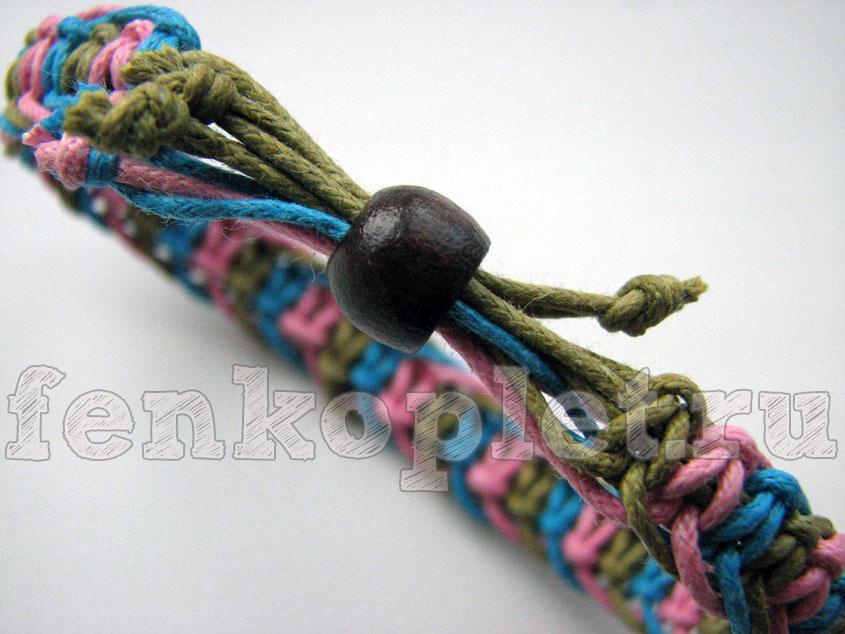 После этого свяжи шнуры узлами