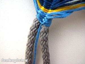 Фенечка на шнурке
