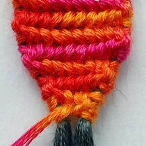 Как начать фенечку конфеткой прямое плетение